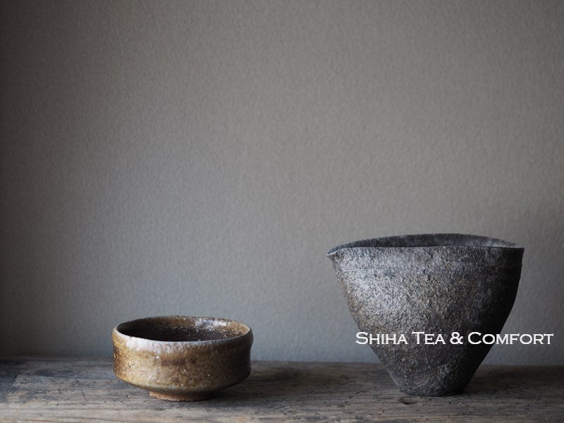SUZU SHINOHARA Wood Fired Black Pitcher  珠洲篠原敬