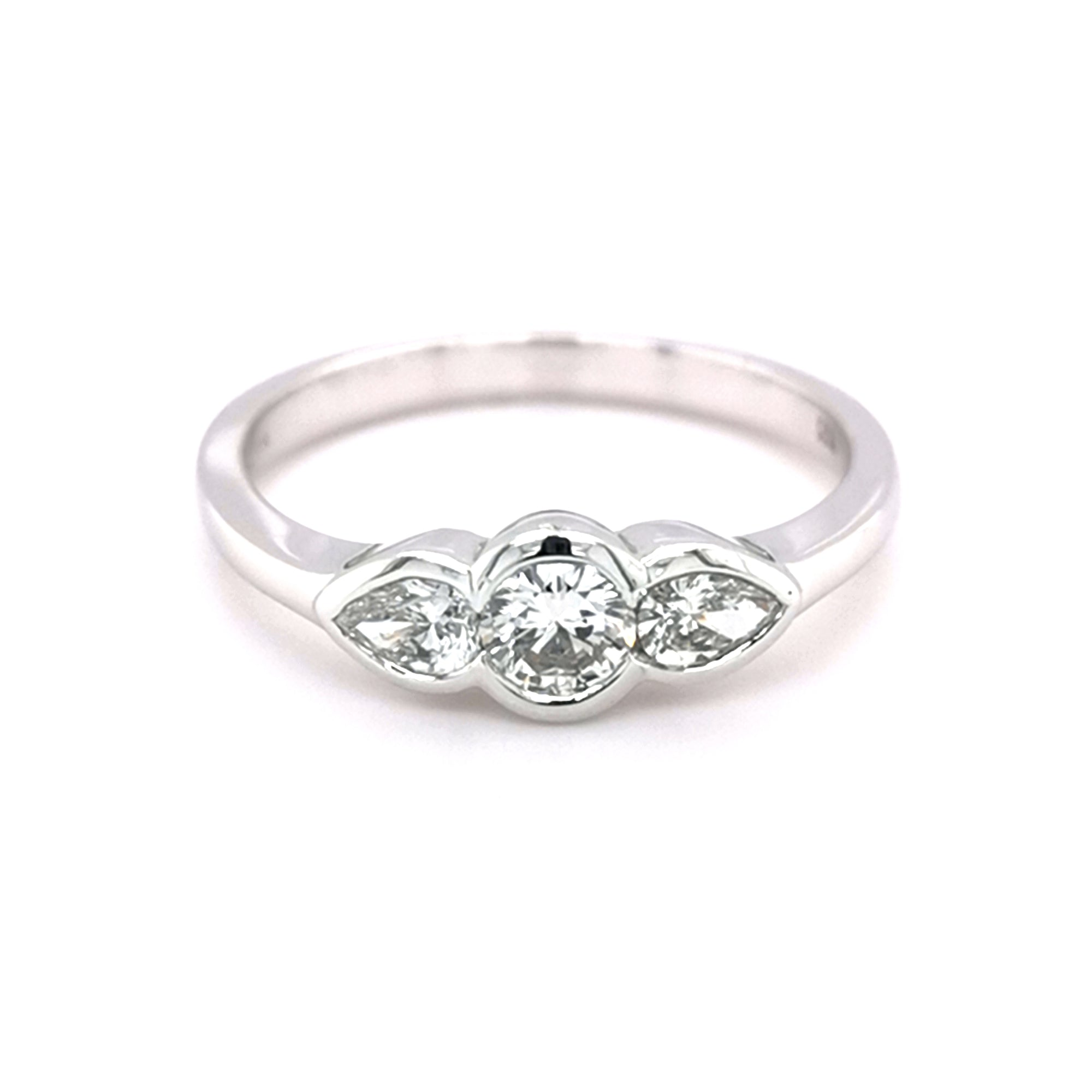 18ct Pear & Round Trilogy Diamond Ring - Sonny's