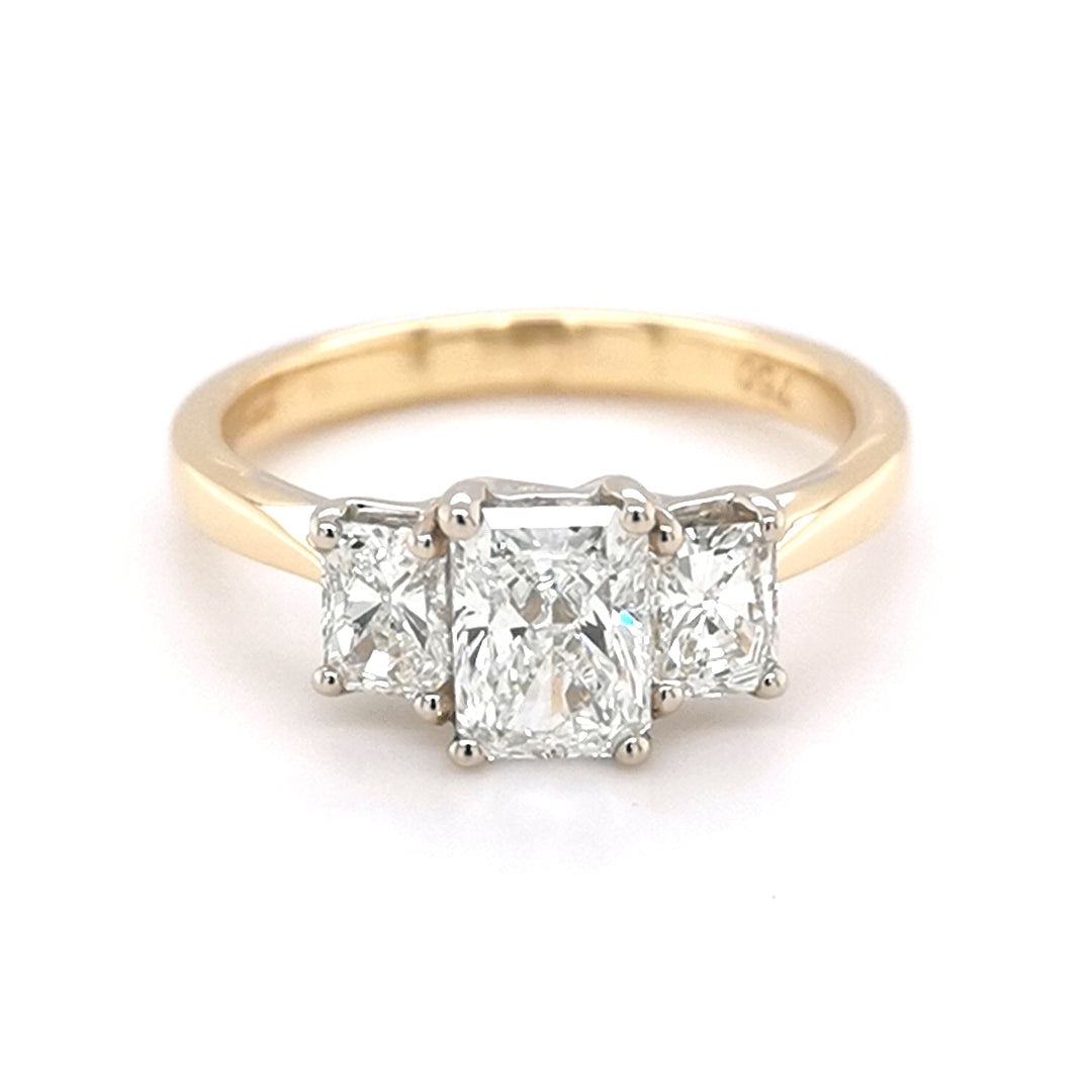 18ct Yellow Gold Radiant cut diamond trilogy ring