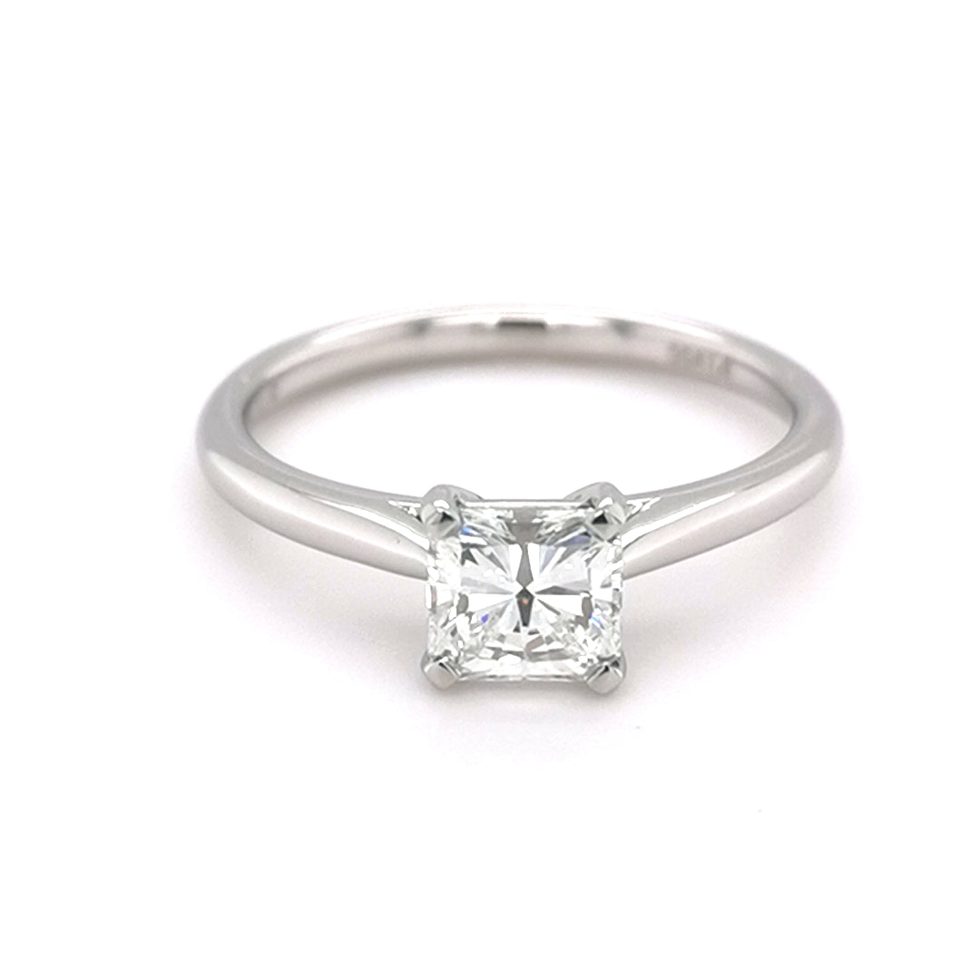 Pllatinum 0.75ct Radiant Cut Diamond Ring