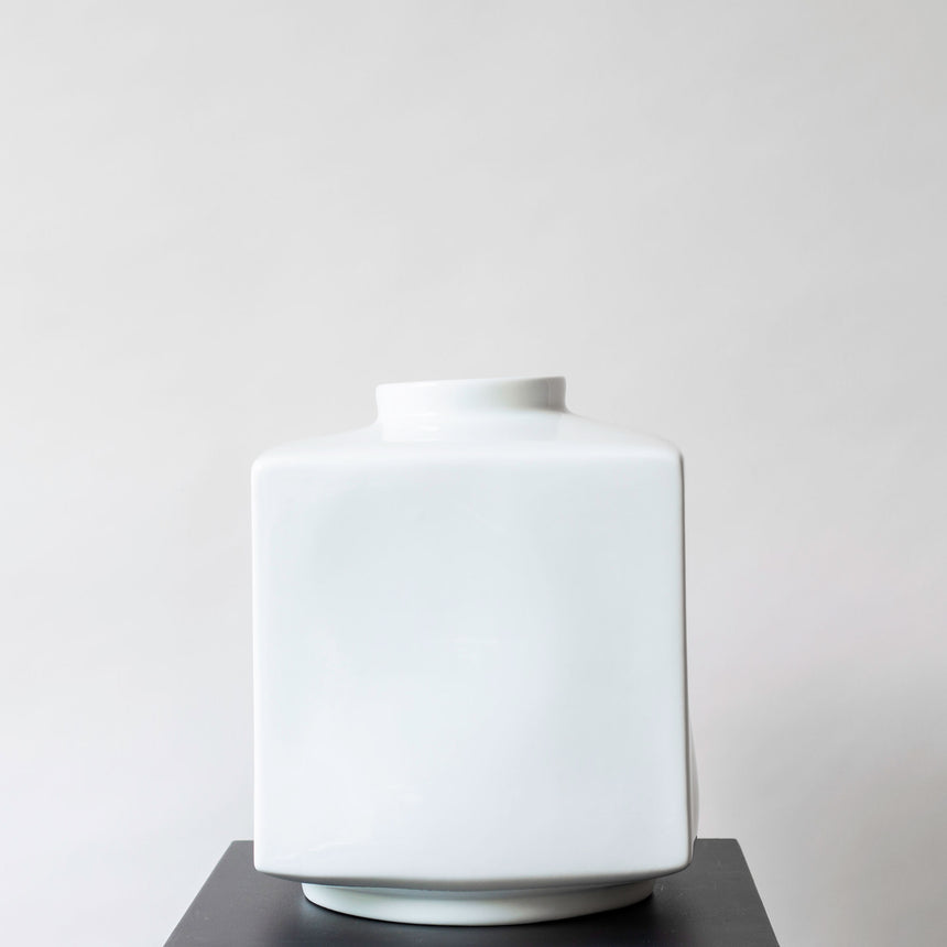 SQUARE VASE LARGE WHITE
