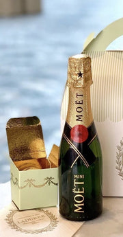 The Ultimate Moët Relaxation Bundle