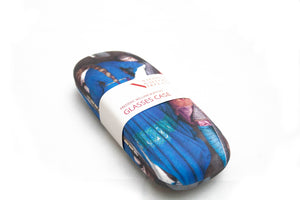 A glasses case of a man in mail and a woman in blue. The woman has her back to the viewer and her face turned from the man as they walk in opposite directions. He is embracing her arm as he descends. It has a label with its details across the middle.