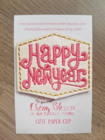 Happy New Year Paper Clip