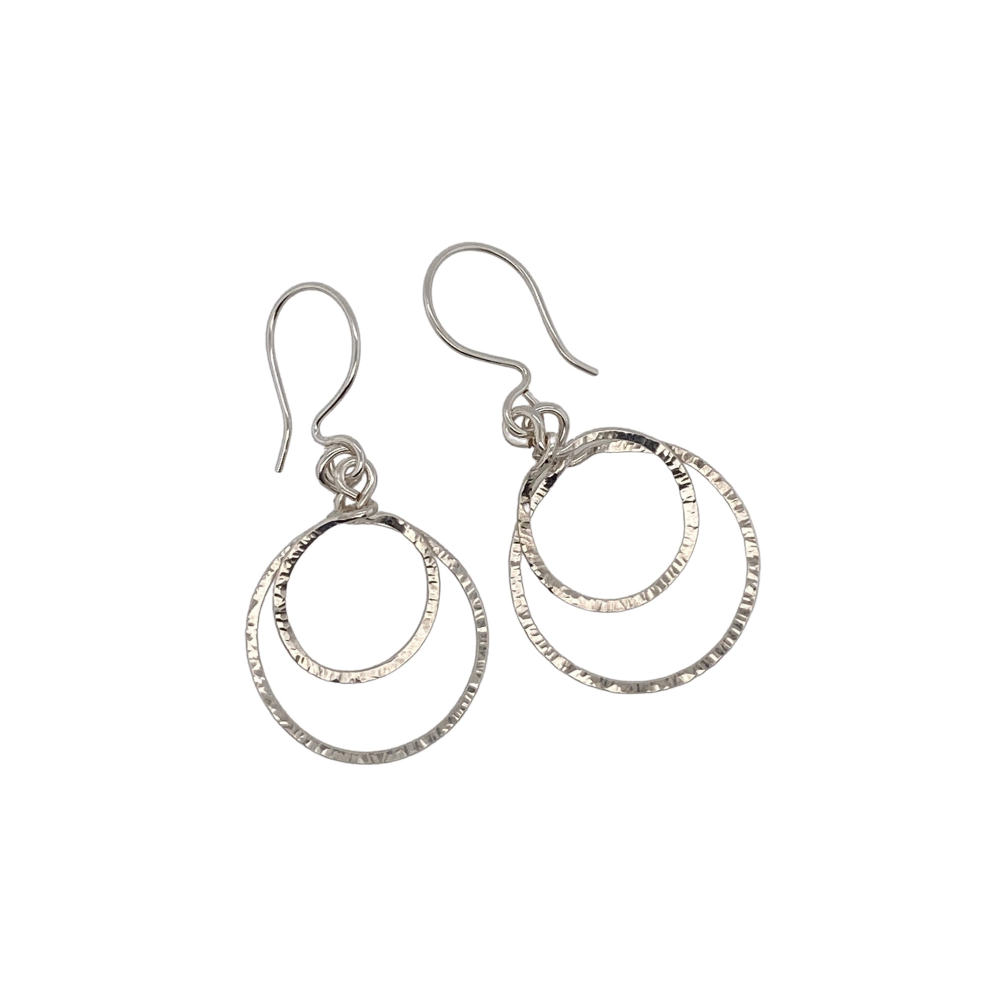 Camille Patton Hoop in Hoop Wire Jewelry Earrings S01