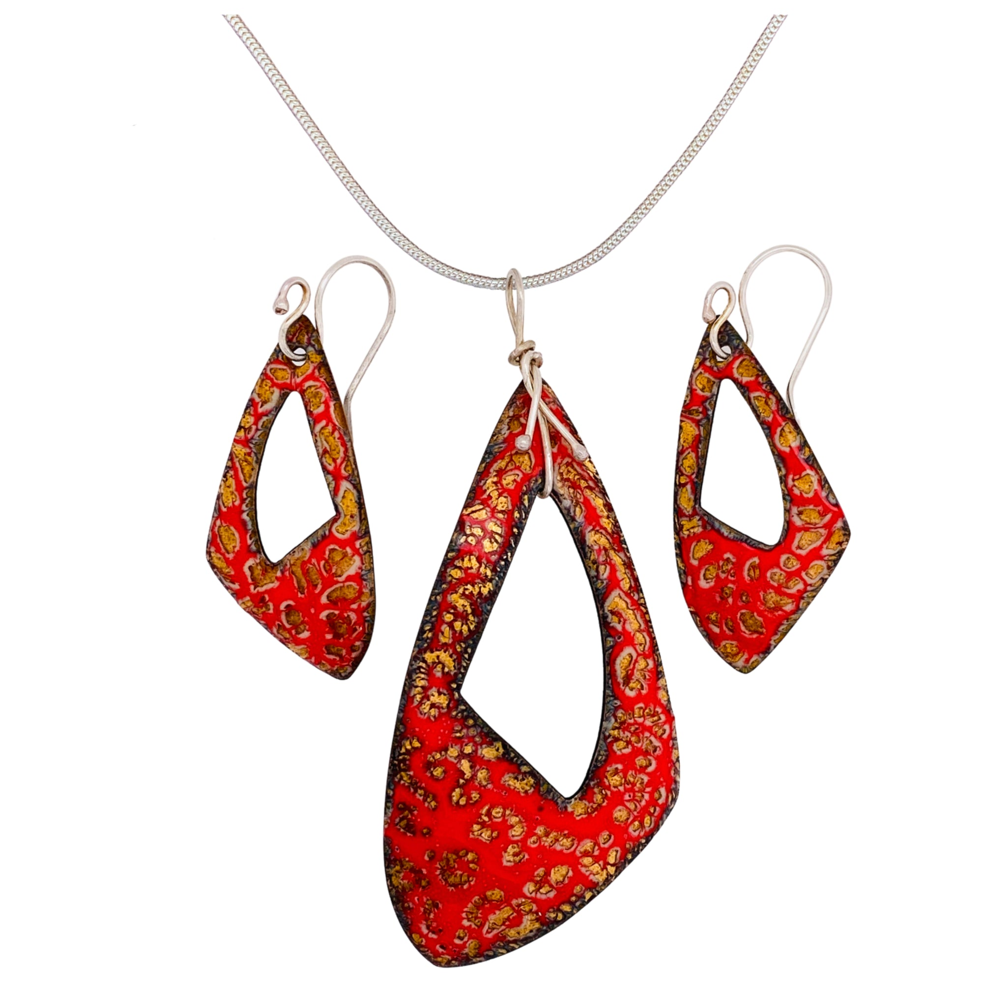 Camille Patton Tango Head Over Heels Jewelry Set S01