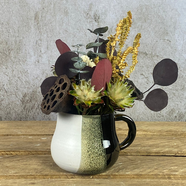 Japanese mug with dried flowers