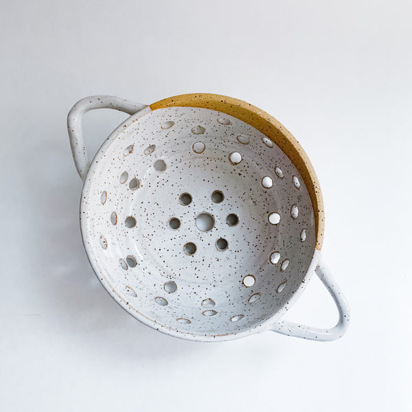 "5"" White Speckled Colander"