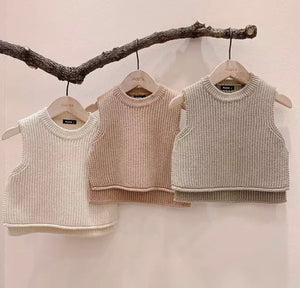 Sleeveless Knit Sweater - Cream