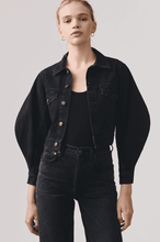 Load image into Gallery viewer, AGOLDE Alik Balloon Sleeve Denim Jacket in Caliber