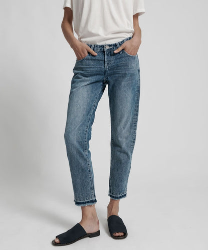 One Teaspoon Awesome Baggies Straight Leg Jean in Blue Society