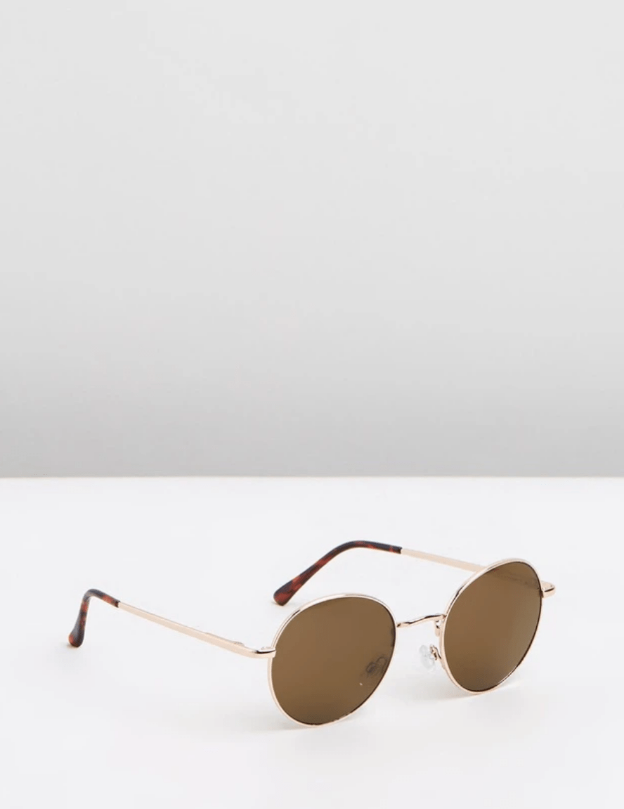 Reality O/S / Gold Instant Karma Sunglasses in Gold