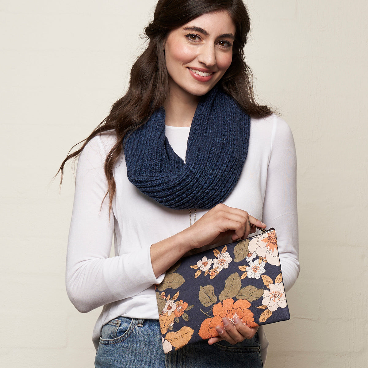 Retro Flowers Zip Clutch