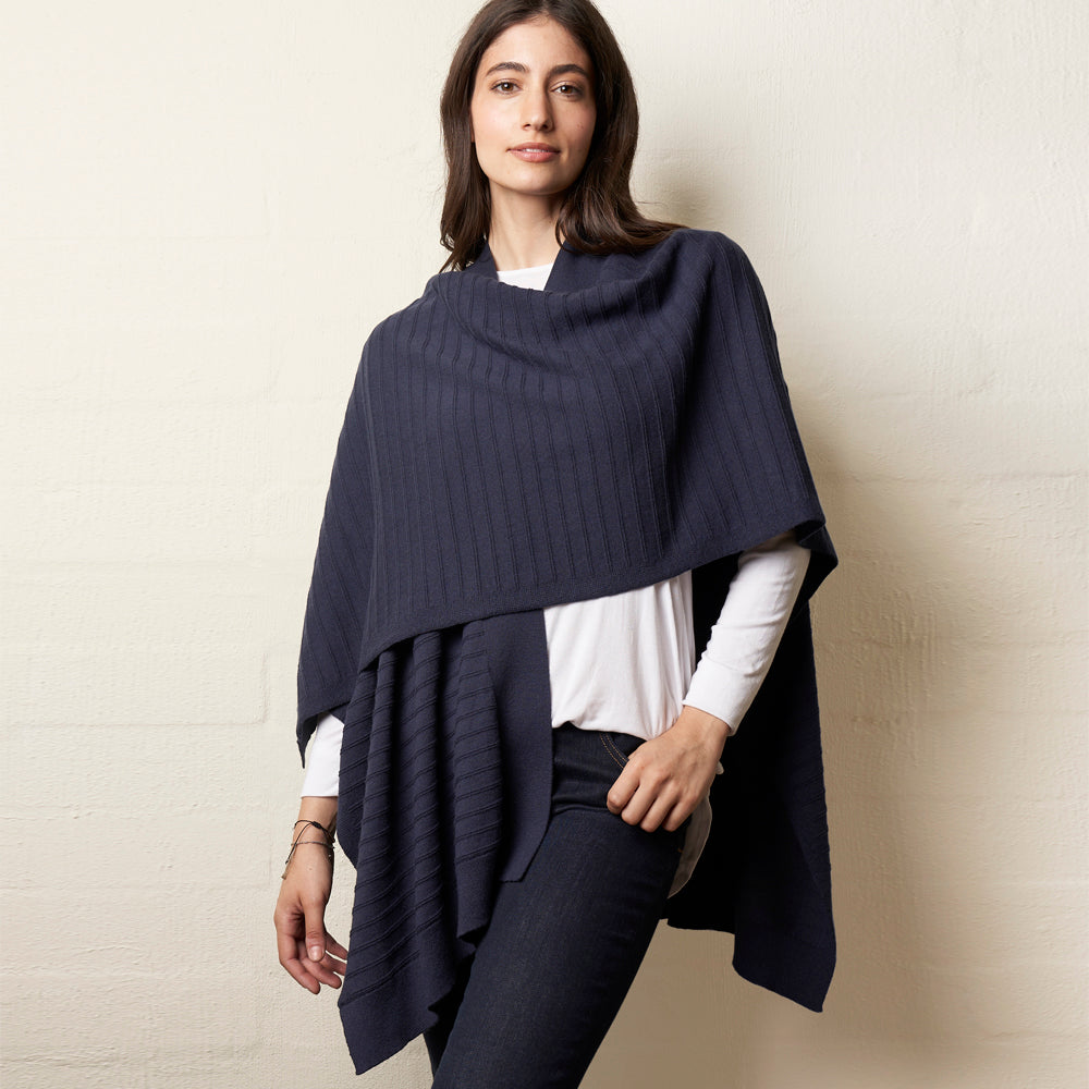 wool stitch cape in navy