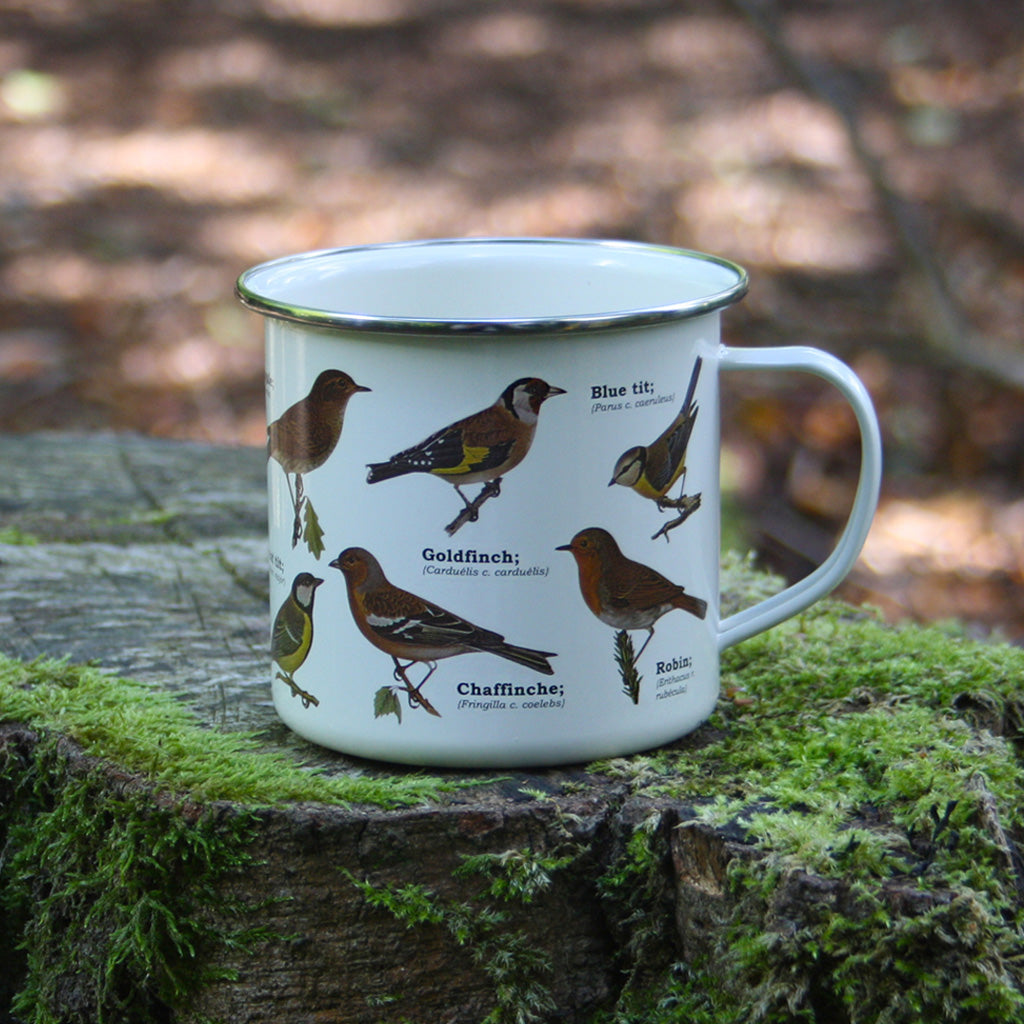 We are in love with our ecology enamelware mugs! Our Garden Birds mugs are fit for a spot of bird watching, whether out and about or from your window! These mugs are a perfect eco-friendly alternative to disposable cups. Embrace nature with this enamel mug with all over bird print. Enjoy at home or out and about with these versatile mugs, available in a range of styles!