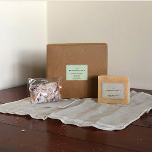 The beautifully crafted gift box is filled with treats to help soothe body and mind. A ready-made gift for somebody you love, or potentially a part of your own self-care routine - We love this!