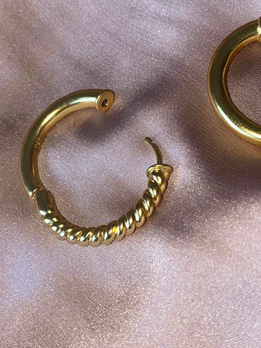 HOOP EARRINGS | love