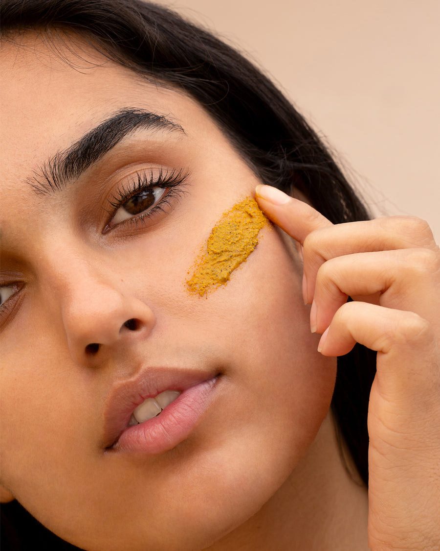 Turmeric Sand Exfoliating Face Masque
