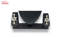 Load image into Gallery viewer, Black Beaded Adorned Floral Necklace Set