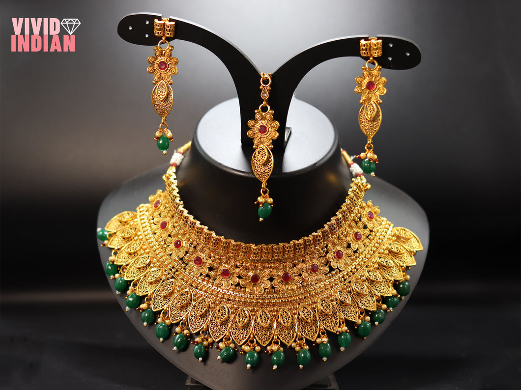 Elegant Green Pearl Gold Plated Floral Motifs Necklace Set
