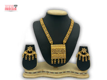 Load image into Gallery viewer, Southern Bling Motifs Necklace Set