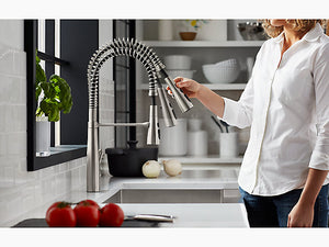 Simplice® semiprofessional kitchen sink faucet