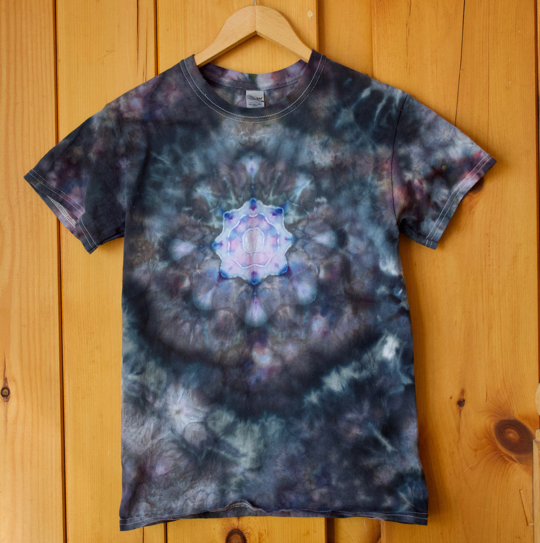 #24 Snowflake Ice Dye- Ice Blue/Raven - Adult Small