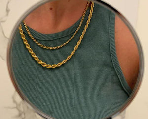 The Twisted Rope Layering Necklace Set