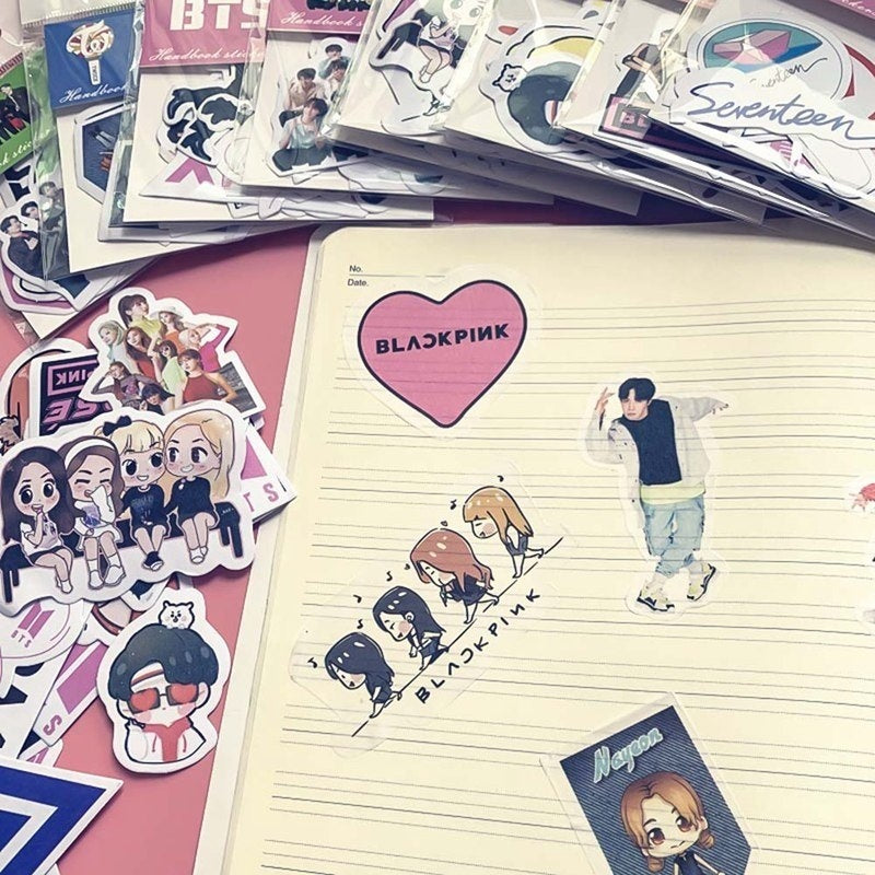 Cute Kpop Bts/Blackpink/Twice/Got7/Seventeen Adhesive Paper Photo Sticker For Mobile Phone Luggage Fridge Cup Diy Stickers
