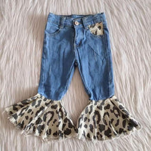 Load image into Gallery viewer, Leopard Ruffle bell bottom jeans