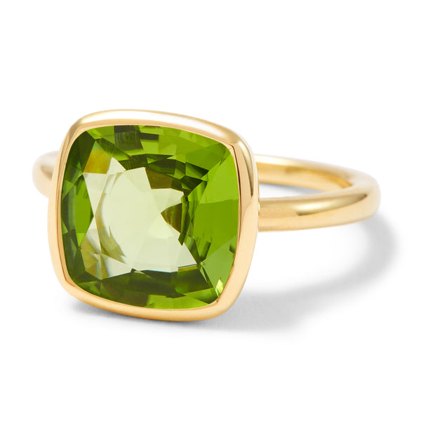 The Anderson (Cushion Cut Peridot in 18ct Gold)