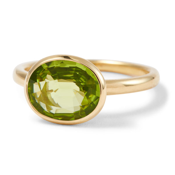 The Anderson (Oval Cut Peridot in 18ct Gold)