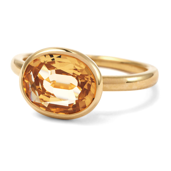 The Meena (Oval Cut Light Citrine in 18ct Gold)