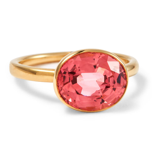 The Romy (Oval Cut Blush Pink Tourmaline in 18ct Gold)
