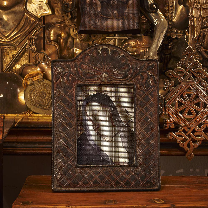 Maya picture frame