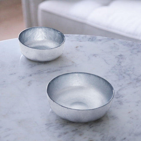 NEW ORLEANS Glass 2 pc silver foil shallow round bowl set