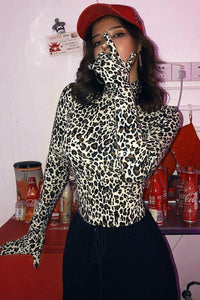 Gloves of War,Cheetah bodysuit