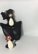 Load image into Gallery viewer, Retro Ultra Drop Earrings