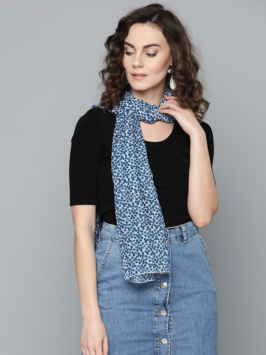 Blue Distorted Scarf