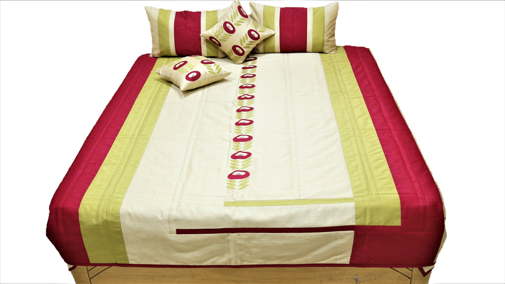 Spring Bail PolySilk Quilted BedCover Set-(1 bedcover+ 2 Pillow Covers + 2 Cushion Covers)