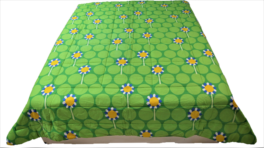 Printed(Pink/Green) Reversible Cotton Quilt (90x108 Inch)-250GSM
