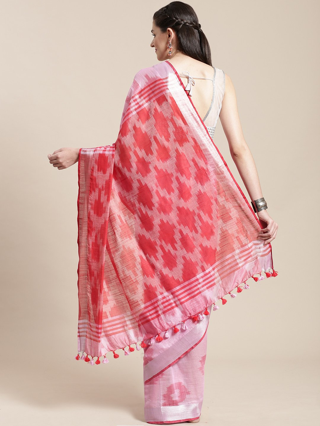 Linen Handwoven Saree and Blouse-Saree-Kalakari India-ALBGSA0030-Hand Woven, Linen, Sarees, Sustainable Fabrics, Traditional Weave-[Linen,Ethnic,wear,Fashionista,Handloom,Handicraft,Indigo,blockprint,block,print,Cotton,Chanderi,Blue, latest,classy,party,bollywood,trendy,summer,style,traditional,formal,elegant,unique,style,hand,block,print, dabu,booti,gift,present,glamorous,affordable,collectible,Sari,Saree,printed, holi, Diwali, birthday, anniversary, sustainable, organic, scarf, online, low pri