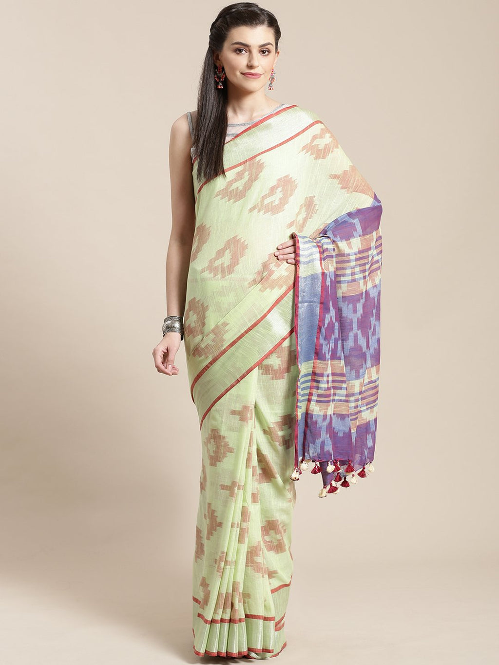 Linen Handwoven Saree and Blouse-Saree-Kalakari India-ALBGSA0038-Hand Woven, Linen, Sarees, Sustainable Fabrics, Traditional Weave-[Linen,Ethnic,wear,Fashionista,Handloom,Handicraft,Indigo,blockprint,block,print,Cotton,Chanderi,Blue, latest,classy,party,bollywood,trendy,summer,style,traditional,formal,elegant,unique,style,hand,block,print, dabu,booti,gift,present,glamorous,affordable,collectible,Sari,Saree,printed, holi, Diwali, birthday, anniversary, sustainable, organic, scarf, online, low pri