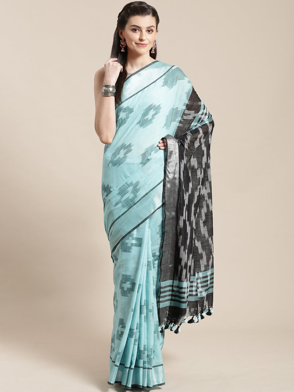 Linen Handwoven Saree and Blouse-Saree-Kalakari India-ALBGSA0040-Hand Woven, Linen, Sarees, Sustainable Fabrics, Traditional Weave-[Linen,Ethnic,wear,Fashionista,Handloom,Handicraft,Indigo,blockprint,block,print,Cotton,Chanderi,Blue, latest,classy,party,bollywood,trendy,summer,style,traditional,formal,elegant,unique,style,hand,block,print, dabu,booti,gift,present,glamorous,affordable,collectible,Sari,Saree,printed, holi, Diwali, birthday, anniversary, sustainable, organic, scarf, online, low pri