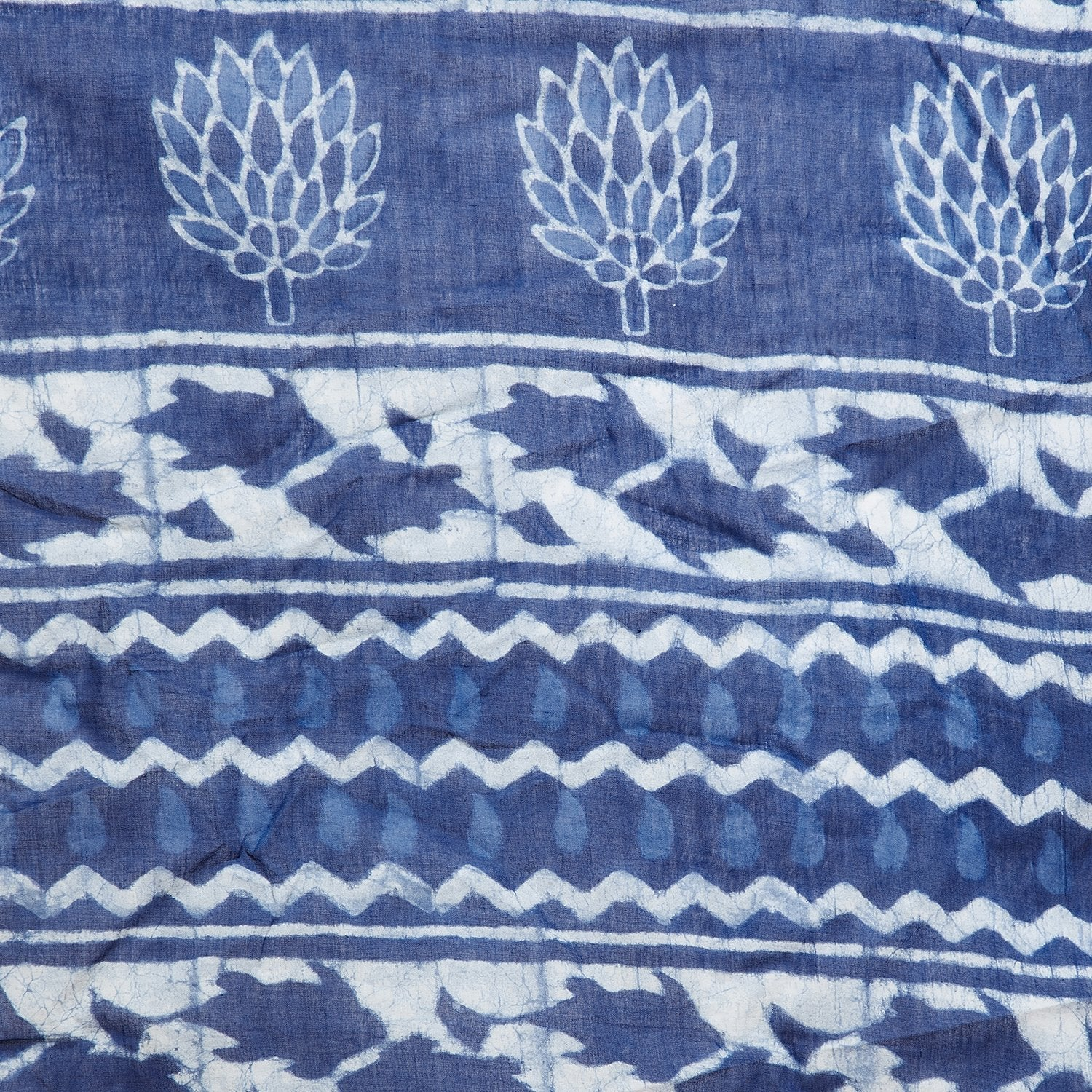 Blue & White Indigo Hand Block Print Handcrafted Cotton Saree-Saree-Kalakari India-BAPASA0072-Cotton, Dabu, Geographical Indication, Hand Blocks, Hand Crafted, Heritage Prints, Indigo, Natural Dyes, Sarees, Sustainable Fabrics-[Linen,Ethnic,wear,Fashionista,Handloom,Handicraft,Indigo,blockprint,block,print,Cotton,Chanderi,Blue, latest,classy,party,bollywood,trendy,summer,style,traditional,formal,elegant,unique,style,hand,block,print, dabu,booti,gift,present,glamorous,affordable,collectible,Sari,
