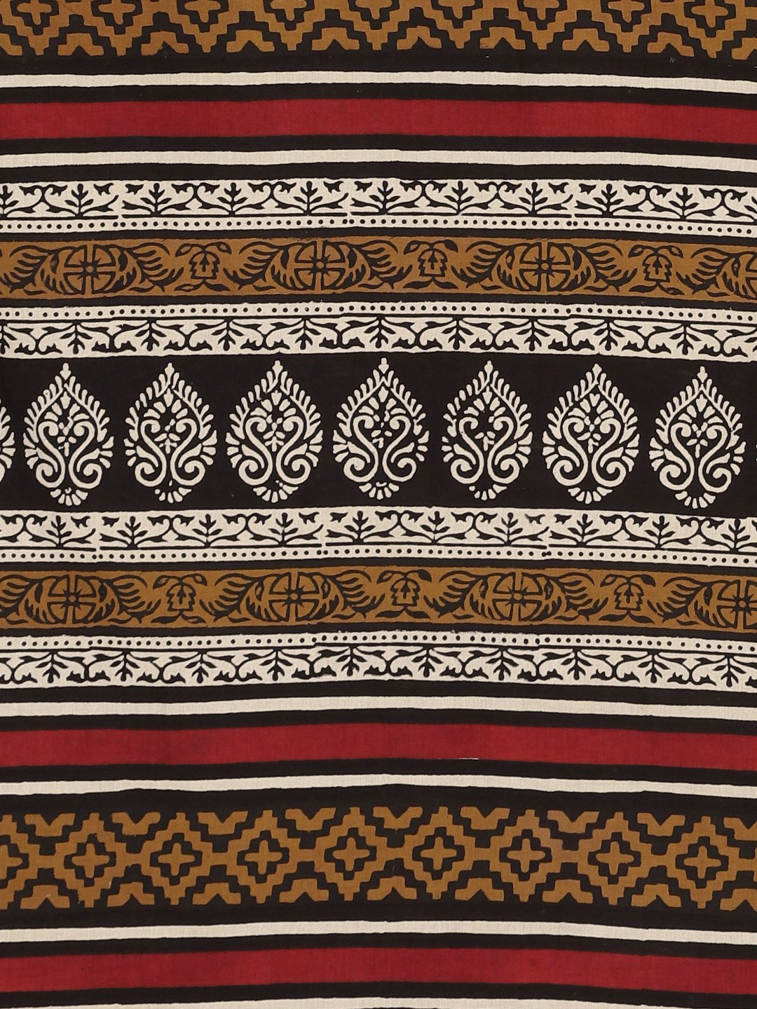 Off-White & Black Bagh Hand Block Print Handcrafted Saree-Saree-Kalakari India-BHKPSA0028-Cotton, Dabu, Geographical Indication, Hand Blocks, Hand Crafted, Heritage Prints, Indigo, Natural Dyes, Sarees, Sustainable Fabrics-[Linen,Ethnic,wear,Fashionista,Handloom,Handicraft,Indigo,blockprint,block,print,Cotton,Chanderi,Blue, latest,classy,party,bollywood,trendy,summer,style,traditional,formal,elegant,unique,style,hand,block,print, dabu,booti,gift,present,glamorous,affordable,collectible,Sari,Sare