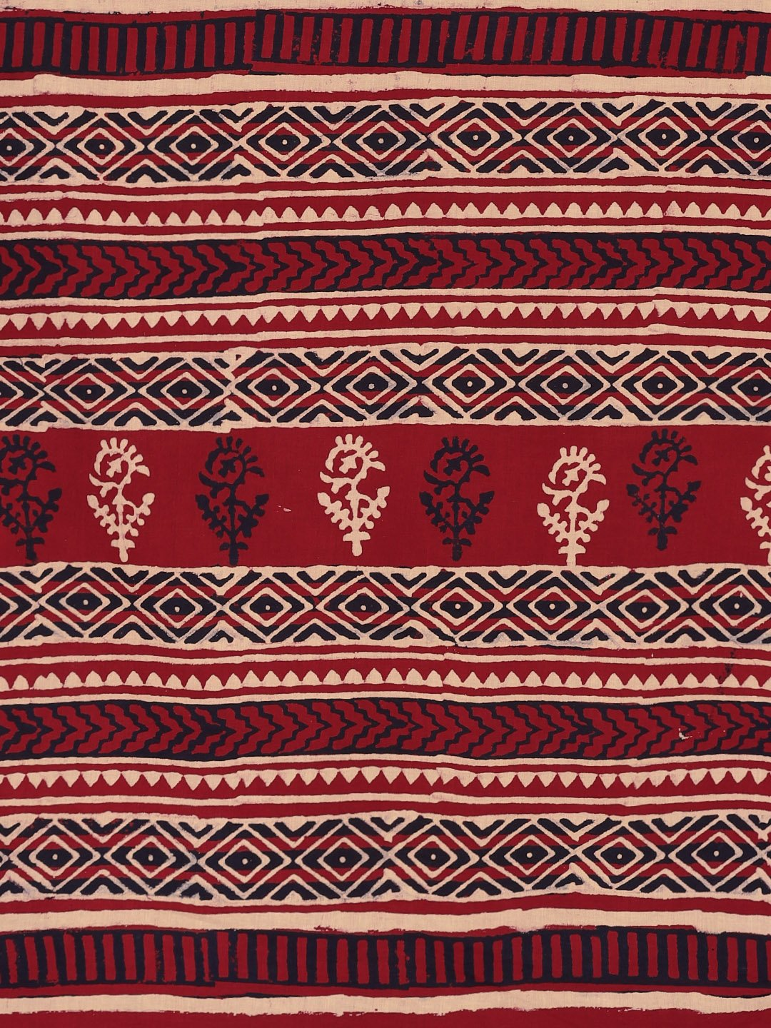 Red & Beige Mud Resist Handblock Print Batik Handcrafted Cotton Saree-Saree-Kalakari India-BHKPSA0033-Batik, Cotton, Geographical Indication, Hand Blocks, Hand Crafted, Heritage Prints, Sarees, Sustainable Fabrics-[Linen,Ethnic,wear,Fashionista,Handloom,Handicraft,Indigo,blockprint,block,print,Cotton,Chanderi,Blue, latest,classy,party,bollywood,trendy,summer,style,traditional,formal,elegant,unique,style,hand,block,print, dabu,booti,gift,present,glamorous,affordable,collectible,Sari,Saree,printed