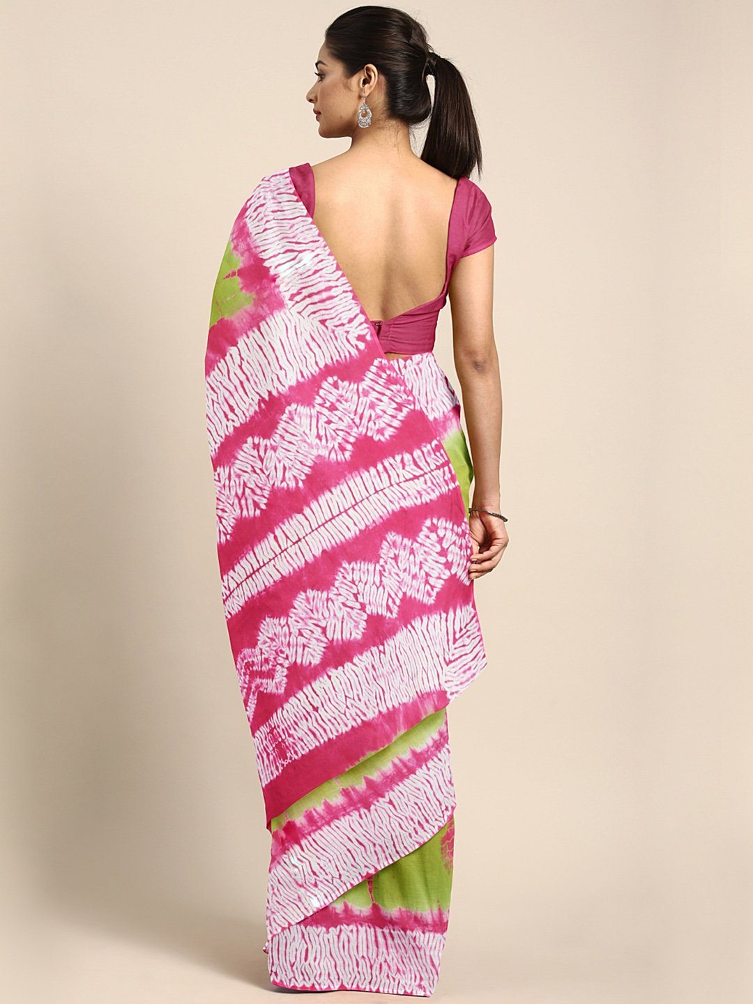 Green & Pink Shibori Tie & Dyed Handcrafted Cotton Saree-Saree-Kalakari India-BHKPSA0036-Cotton, Geographical Indication, Hand Blocks, Hand Crafted, Heritage Prints, Sarees, Shibori, Sustainable Fabrics-[Linen,Ethnic,wear,Fashionista,Handloom,Handicraft,Indigo,blockprint,block,print,Cotton,Chanderi,Blue, latest,classy,party,bollywood,trendy,summer,style,traditional,formal,elegant,unique,style,hand,block,print, dabu,booti,gift,present,glamorous,affordable,collectible,Sari,Saree,printed, holi, Diw