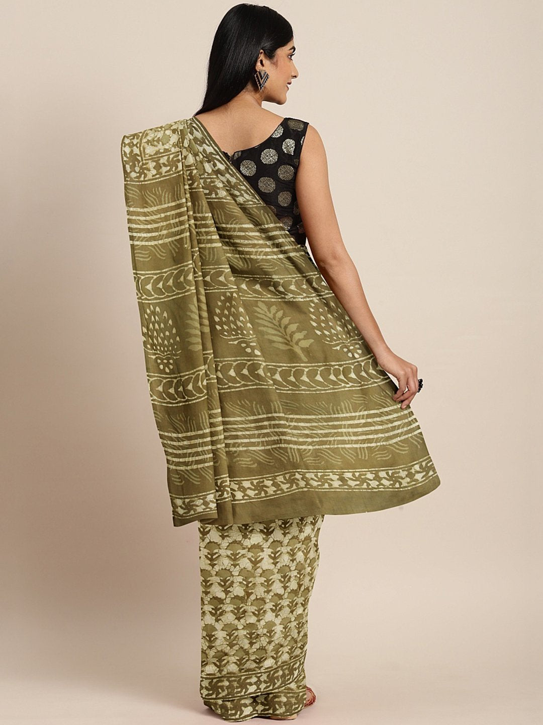 Green Off-White Dabu Handblock Print Bagru Saree-Saree-Kalakari India-BHKPSA0078-Cotton, Dabu, Geographical Indication, Hand Blocks, Hand Crafted, Heritage Prints, Indigo, Natural Dyes, Sarees, Sustainable Fabrics-[Linen,Ethnic,wear,Fashionista,Handloom,Handicraft,Indigo,blockprint,block,print,Cotton,Chanderi,Blue, latest,classy,party,bollywood,trendy,summer,style,traditional,formal,elegant,unique,style,hand,block,print, dabu,booti,gift,present,glamorous,affordable,collectible,Sari,Saree,printed
