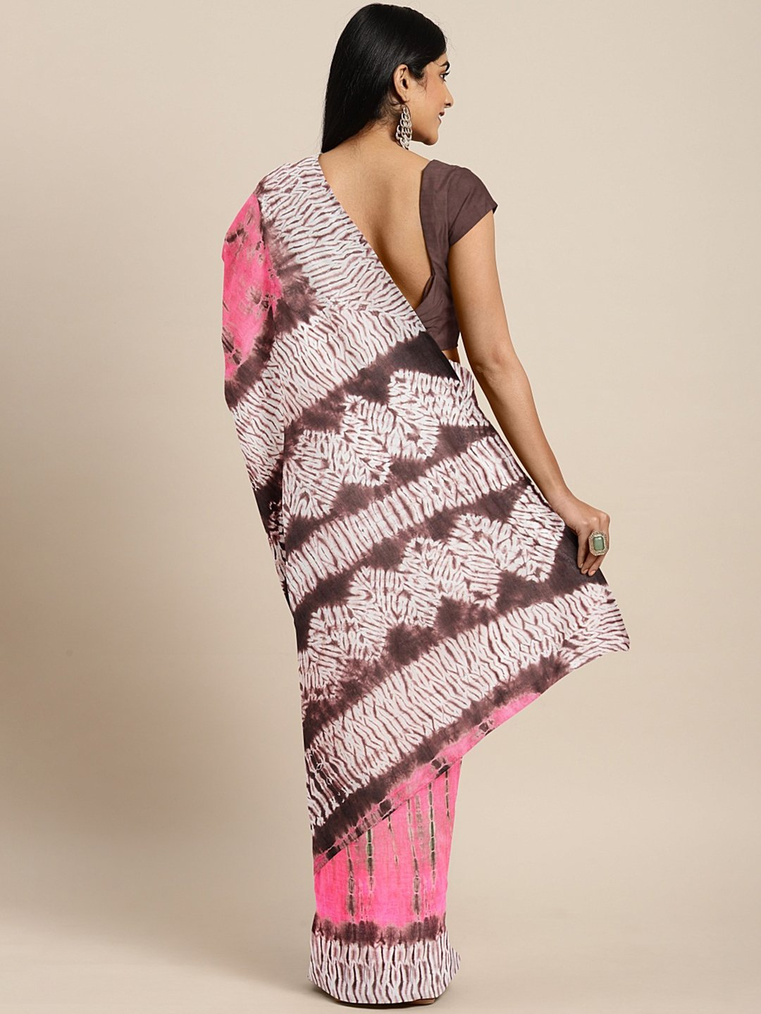 Pink Brown Pure Cotton Handcrafted Printed Bagru Saree-Saree-Kalakari India-BHKPSA0081-Cotton, Geographical Indication, Hand Blocks, Hand Crafted, Heritage Prints, Sarees, Shibori, Sustainable Fabrics-[Linen,Ethnic,wear,Fashionista,Handloom,Handicraft,Indigo,blockprint,block,print,Cotton,Chanderi,Blue, latest,classy,party,bollywood,trendy,summer,style,traditional,formal,elegant,unique,style,hand,block,print, dabu,booti,gift,present,glamorous,affordable,collectible,Sari,Saree,printed, holi, Diwal